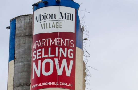 FLOUR MILL DEAL DUSTED